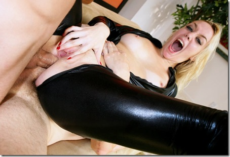 anette schwartz takes to cocks up her ass